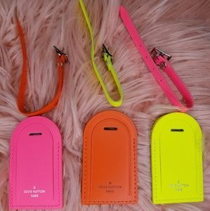NEW LOUIS VUITTON LV NEON LUGGAGE TAGS